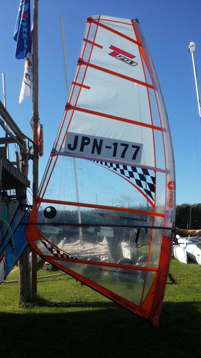 Various second hand sails for sale