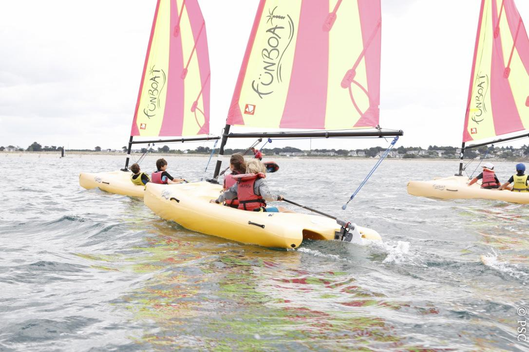 Funbaot sailing courses sessions