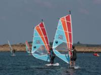 Windsurfing private lessons with the Club Nautique du Rohu