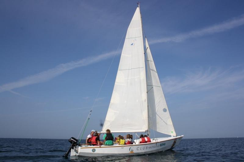 Club Nautique du Rohu - In group to discover sailing