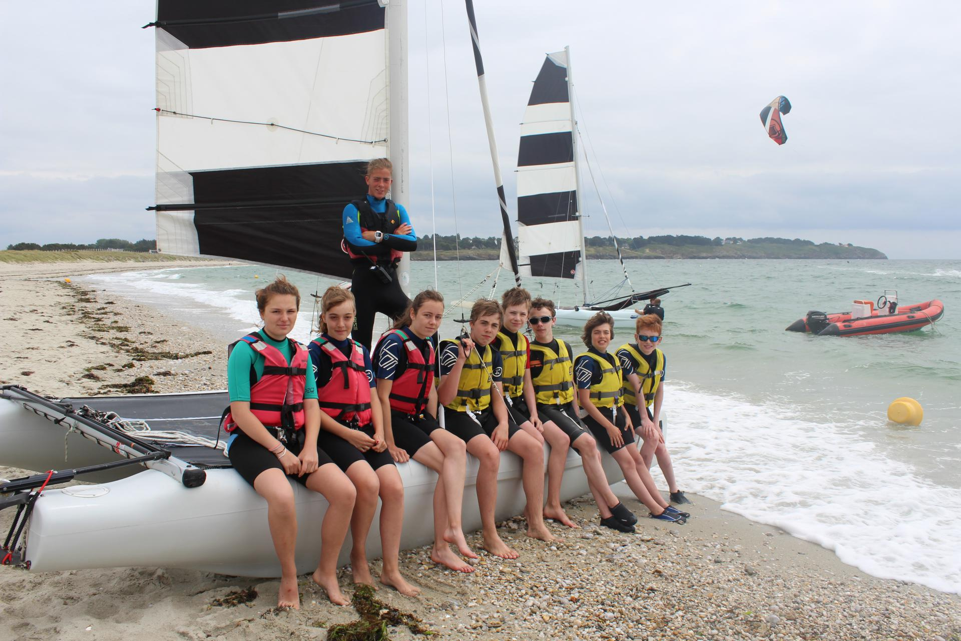 Club Nautique du Rohu - Listening to the instructor