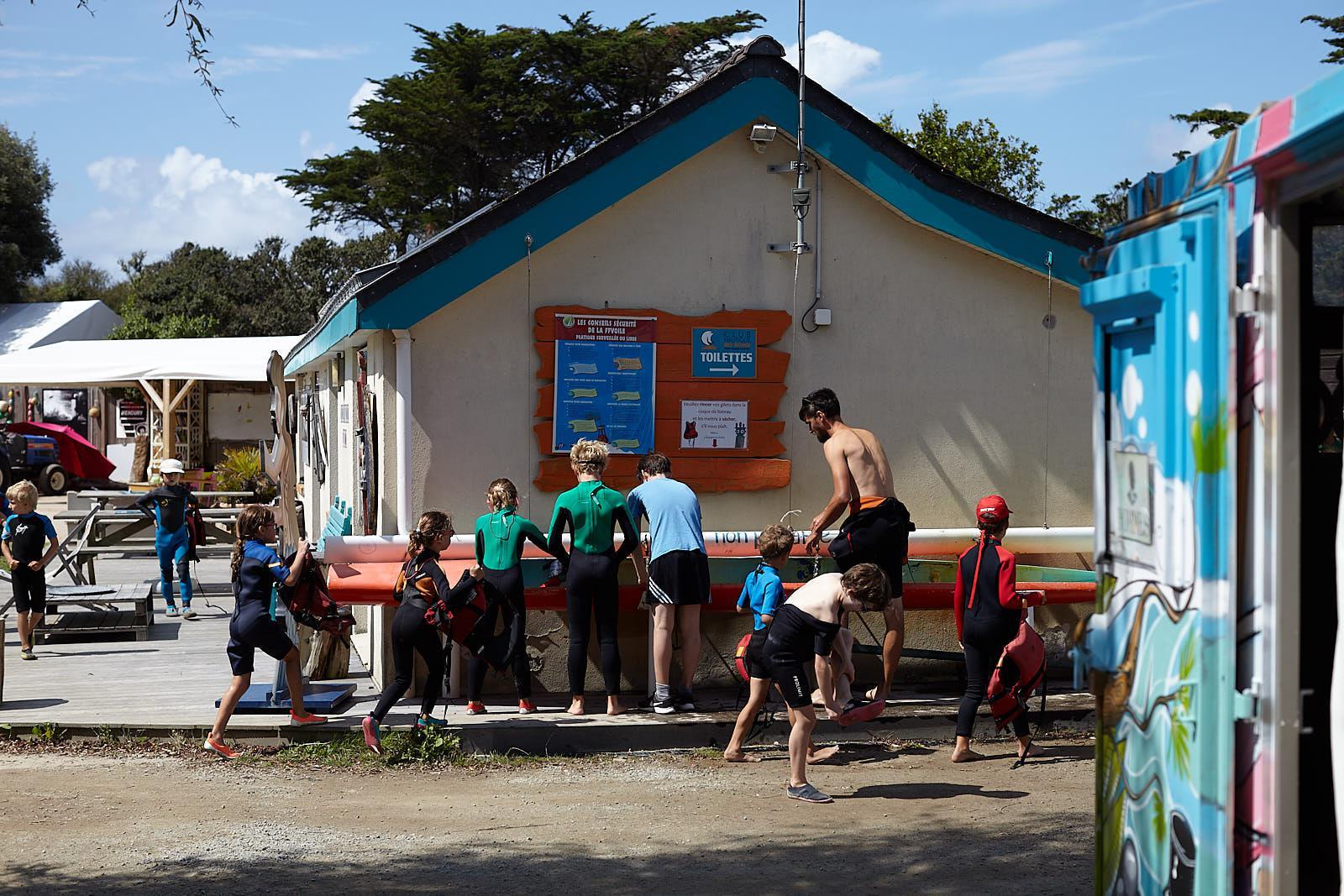 Club Nautique du Rohu - The rinsing of the equipment