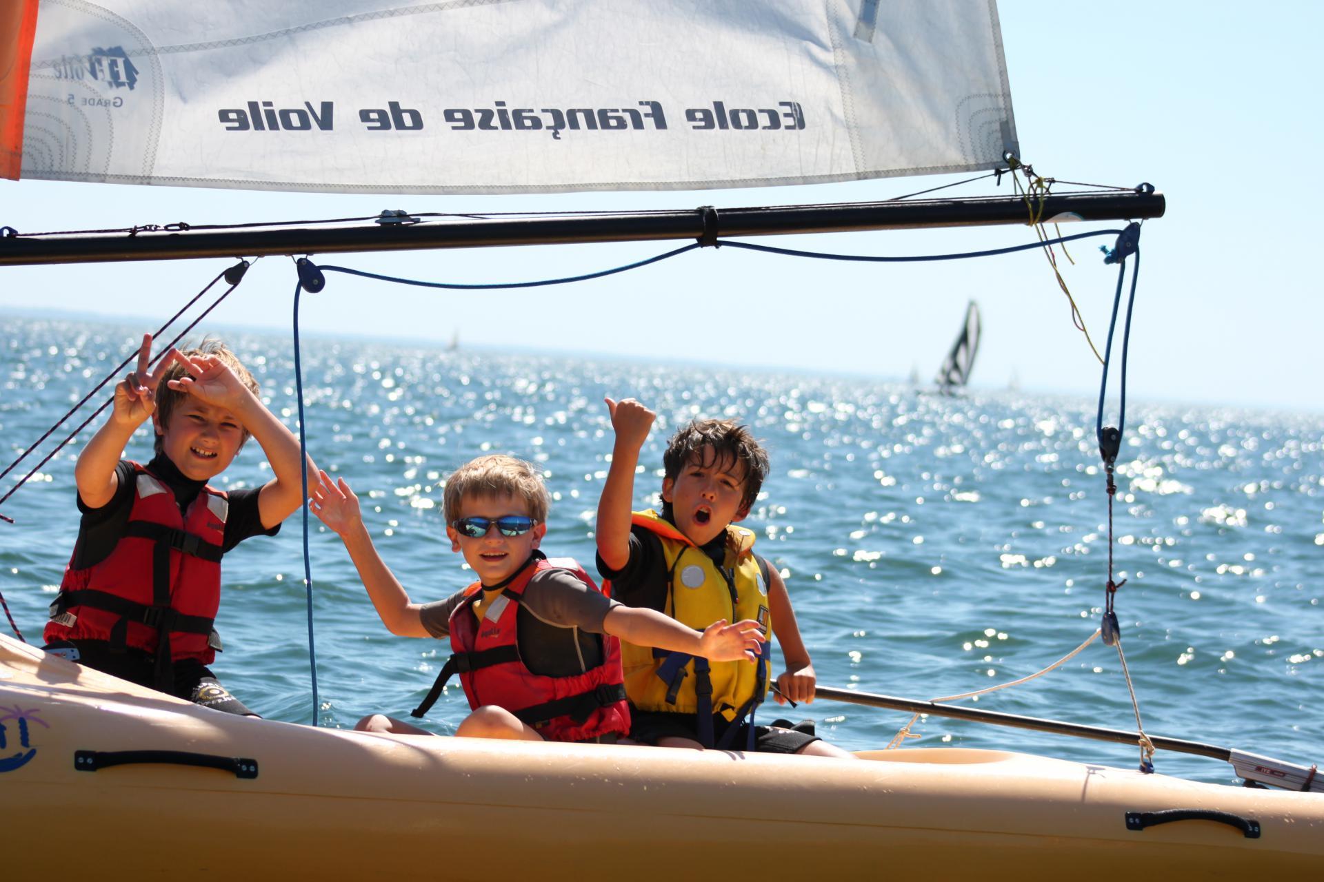 Club Nautique du Rohu - Victoire pour ces trois mousses en Funboat