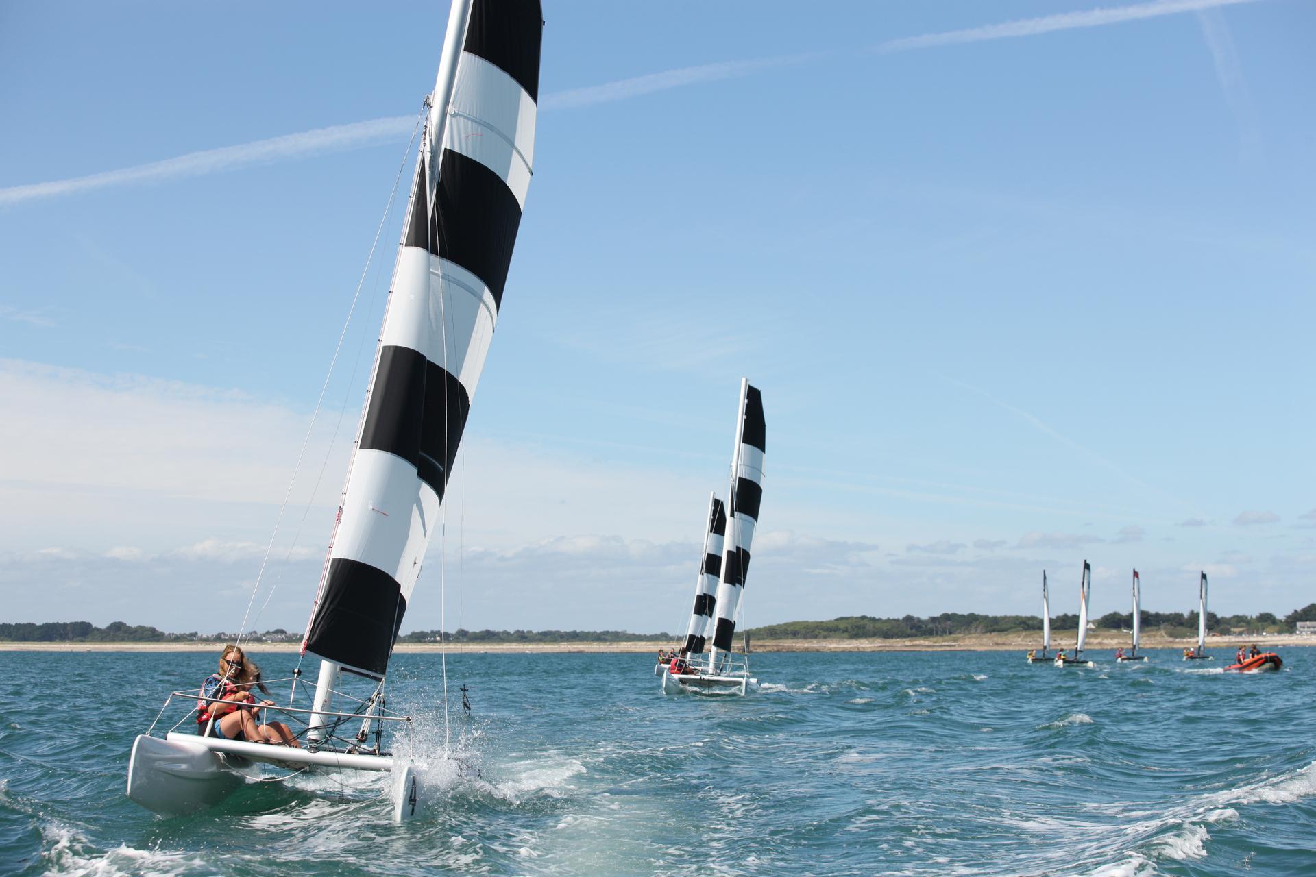 Idée cadeau : stage de catamaran Dart 16 au Club Nautique du Rohu
