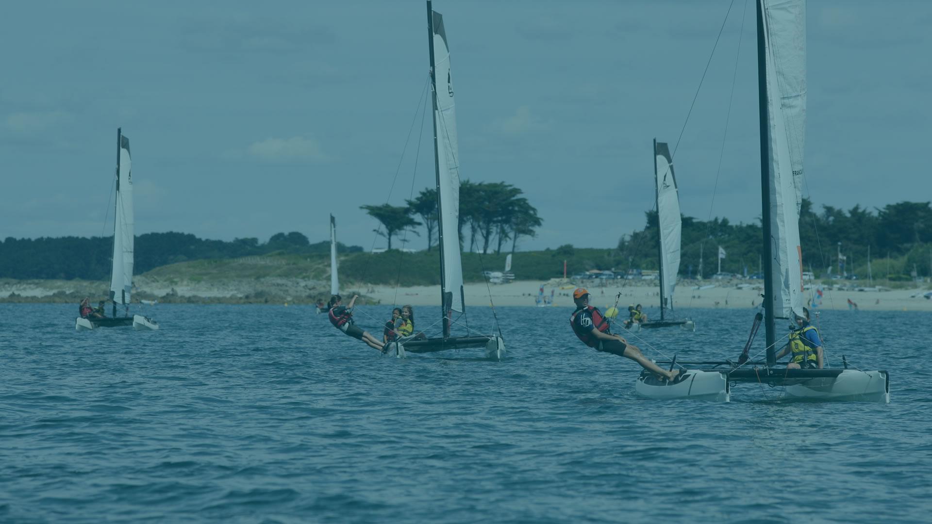 Catamaran, dériveur, habitable, planche à voile, paddle kayak ...